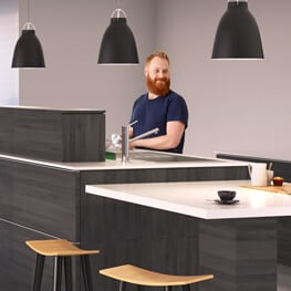 Adjustable worktop system
