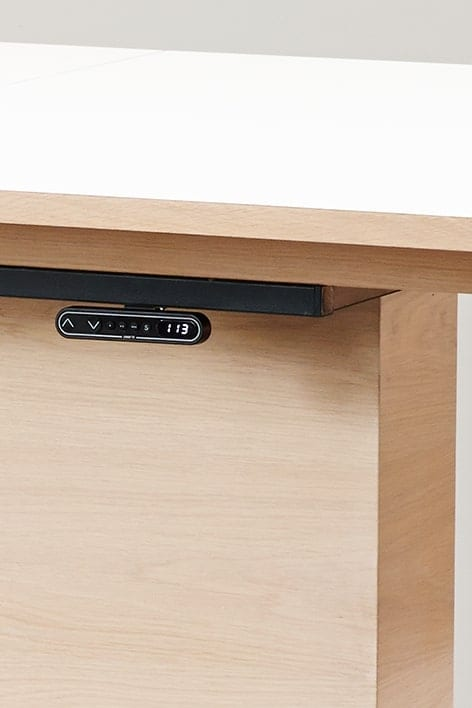 Innovative og funksjonelle, høydejusterbare spisebord kontroll