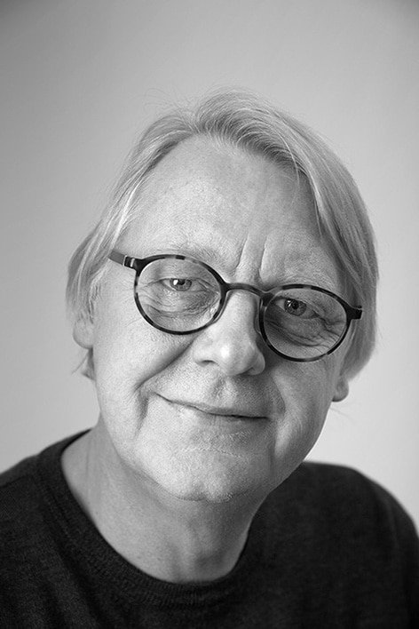 Innowacyjne i funkcjonalne stoły do jadalni z regulacją wysokości, Per Hånsbæk