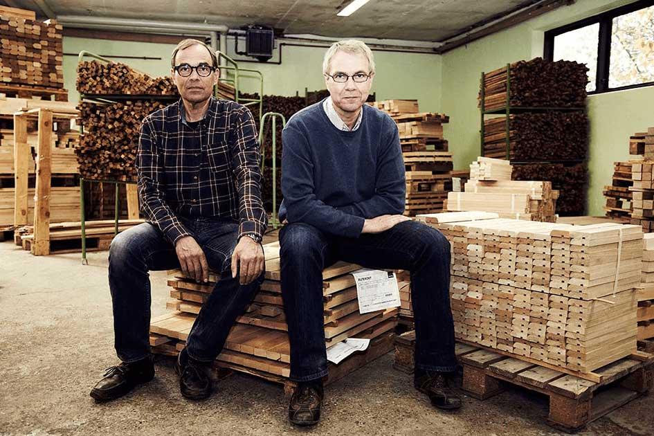 Innovation et fonctionnalité pour les tables de salle à manger réglables en hauteur - Preben et Jørgen
