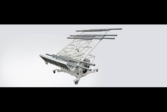 産業機械製造における製品取扱い作業を電動化で改善