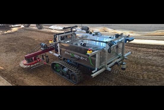 아이캐쳐 - LINAK® 기술을 탑재한 Phoenix 로봇