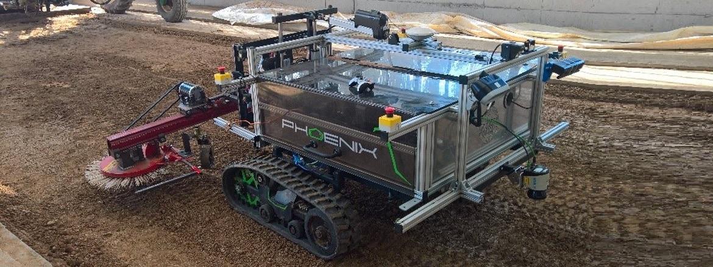 Poutač–robot Phoenix s technologií LINAK®