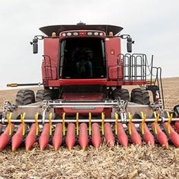 Elektrikli harekete sahip toplama tablası ile daha verimli mısır hasadı