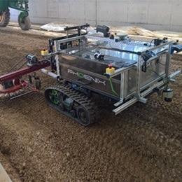 Ein echter Blickfang: der Phoenix-Roboter mit LINAK® Technologie