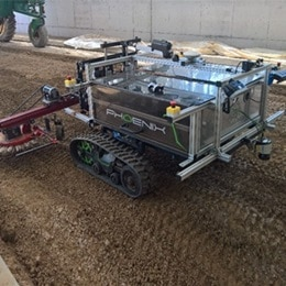 Phoenix robot - et blikkfang med teknologi fra LINAK®