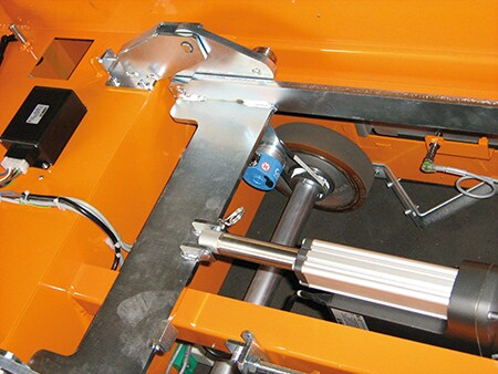 EK Automation FTS mit eingebautem LA36