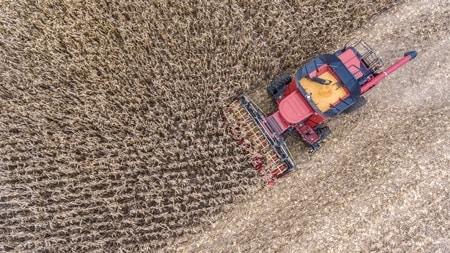 ハーベスターのピッキングプレートを電動にしたことで作物収穫量が増加