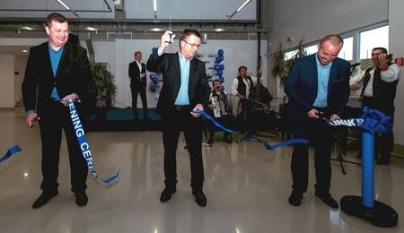 Abertura de la nueva fábrica ampliada de LINAK Slovakia
