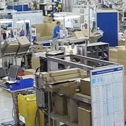Produkcja siłowników podwójnych LINAK® na Słowacji od kuchni