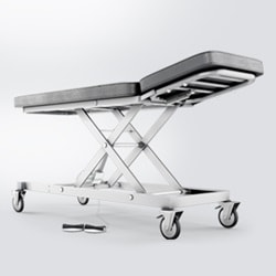 Flexibilité et esthétisme pour les tables et divans de soins ajustables