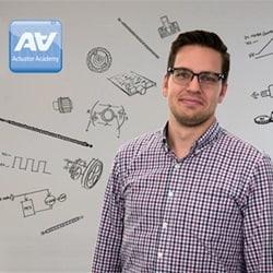 Kennis delen in nieuwe academie waar u alles leert over actuatoren