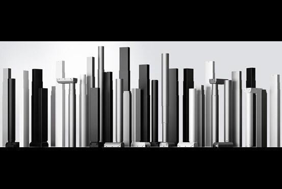 Un horizon de colonnes télescopiques pour bureaux ajustables électriques