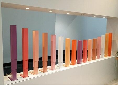 Comment l'esthétique des colonnes télescopiques influence l'apparence des bureaux modernes