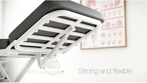 Гибкость и великолепный дизайн кушеток и столов для осмотра и лечебных процедур