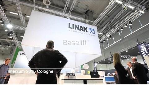 Le Baselift de LINAK sur le salon Interzum (Anglais)