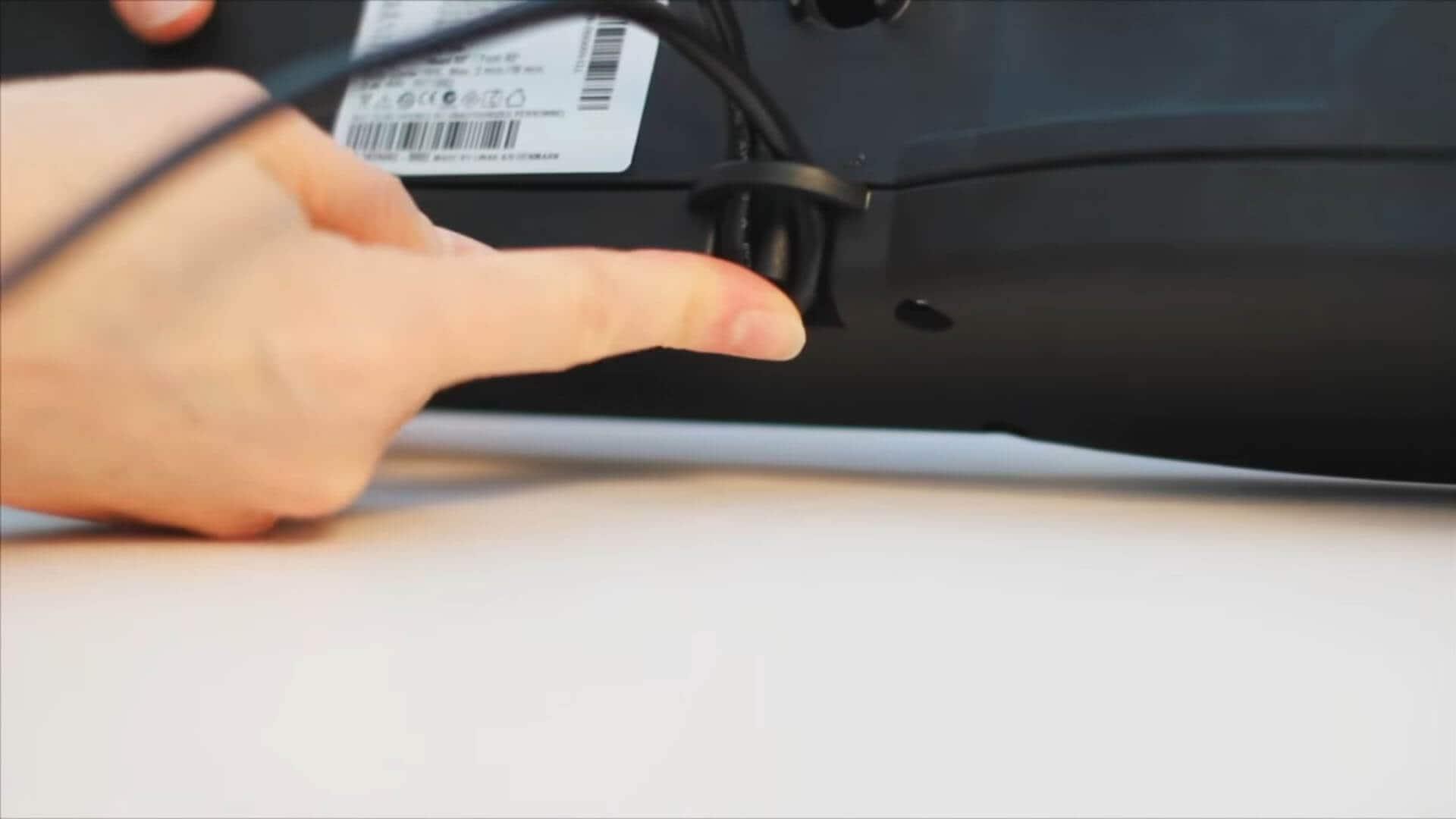 Passe-câble du TD1 280 SMPS LINAK