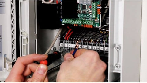 LINAK WCU Mounting of cables